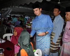 MASJID PERLU PROAKTIF JANA PROGRAM MEMBANTU FAKIR DAN MISKIN – TENGKU MAHKOTA PAHANG (14)