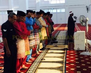Tengku Mahkota Pahang Singgah Solat Asar 1