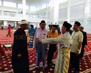 Tengku Mahkota Pahang Singgah Solat Asar 4