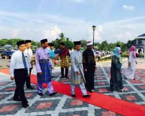 Tengku Mahkota Pahang Singgah Solat Asar 6