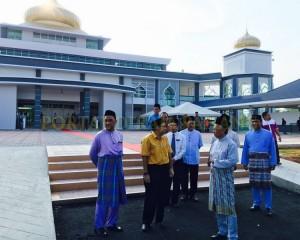 Tengku Mahkota Pahang Singgah Solat Asar 7