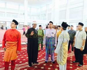 Tengku Mahkota Pahang Singgah Solat Asar 8