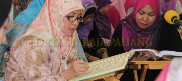 Tengku Puan Pahang - Tadarus Di Bera -  6