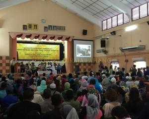 TENGKU MAHKOTA PAHANG KURNIA SUMBANGAN DAN MELAWAT MANGSA RIBUT (6)