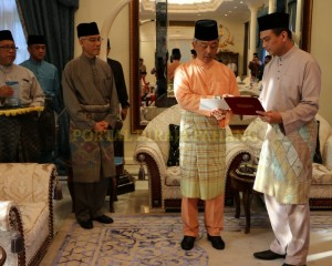 TERIMA RM5.23 JUTA BAYARAN ZAKAT PERNIAGAAN (12)