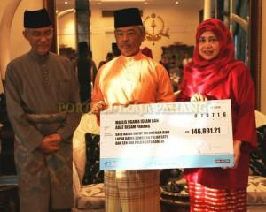 TERIMA RM5.23 JUTA BAYARAN ZAKAT PERNIAGAAN (16)