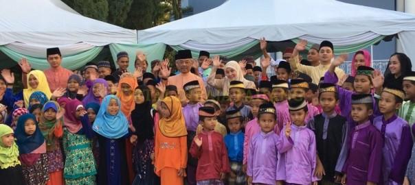Tengku Mahkota Pahang (1)