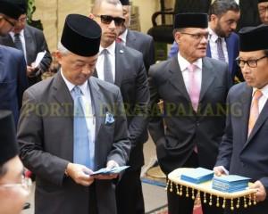 Tengku Mahkota  Pahang – Mesir  –  30