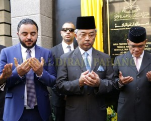 Tengku Mahkota  Pahang – Mesir  –  71