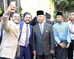 Tengku Mahkota  Pahang – Mesir  –  90