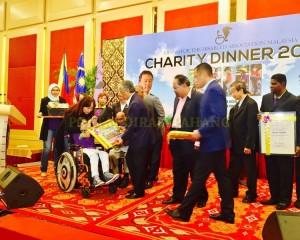 Tengku Mahkota Pahang Hadir Malam Amal Rda (12)