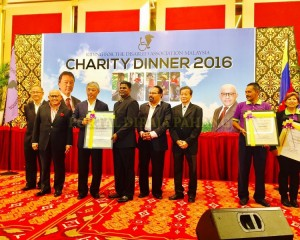 Tengku Mahkota Pahang Hadir Malam Amal Rda (16)
