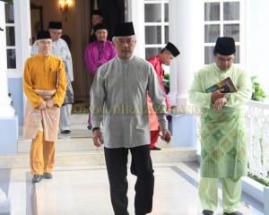 Zakat Perniagaan diterima Tengku Mahkota Pahang (4)