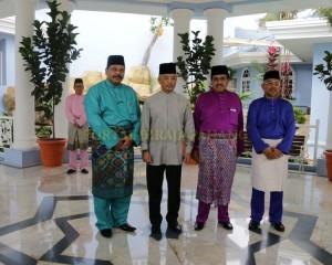 Zakat Perniagaan diterima Tengku Mahkota Pahang (8)