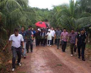 KDYMM Pemangku Raja Pahang Tinjau Operasi Ladang dan Kilang Kelapa (14)