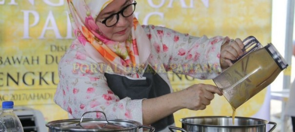 Cucur Durian Menu Istimewa Air Tangan Tengku Puan Pahang (6)