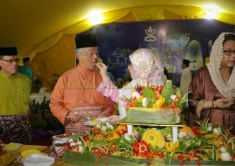 KDYMM PEMANGKU RAJA PAHANG SAMBUT ULANG TAHUN HARI PERKAHWINAN DI KAMPUNG CHENGAL LEMPONG (4)