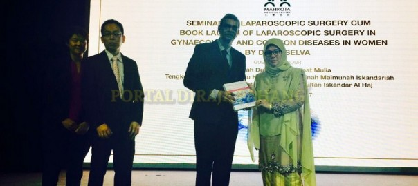 Tunku Azizah Lancar Buku Hasil Karya Dr  S Selva (7)
