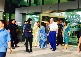 Perdana Menteri  Ziarah Pemangku Raja Pahang di Hospital (7)