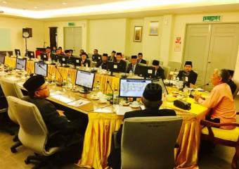 ROMBONGAN KDYMM PEMANGKU RAJA PAHANG SELAMAT MENDARAT DI TANAH RATA (4)