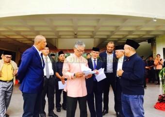 ROMBONGAN KDYMM PEMANGKU RAJA PAHANG SELAMAT MENDARAT DI TANAH RATA (6)