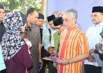 KDYMM Pemangku Raja Pahang Melawat Mangsa Ribut (3)