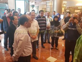 PR Pahang Bercemar Duli Berangkat Ziarah Exco Pahang (1)