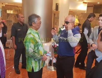 PR Pahang Bercemar Duli Berangkat Ziarah Exco Pahang (3)