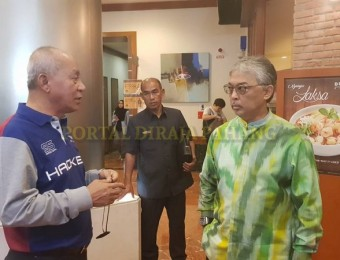 PR Pahang Bercemar Duli Berangkat Ziarah Exco Pahang (6)