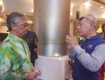 PR Pahang Bercemar Duli Berangkat Ziarah Exco Pahang (9)