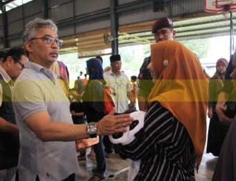 Mangsa Banjir Gembira Dikunjungi Pemangju Raja dan Tengku Puan Pahang (17)