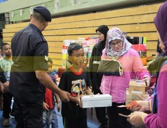 Mangsa Banjir Gembira Dikunjungi Pemangju Raja dan Tengku Puan Pahang (3)