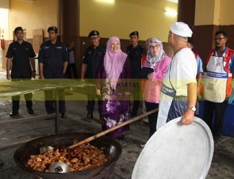Mangsa Banjir Gembira Dikunjungi Pemangju Raja dan Tengku Puan Pahang (4)