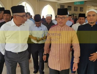 Ziarah Jenazah Ahli Parlimen Paya Besar (2)