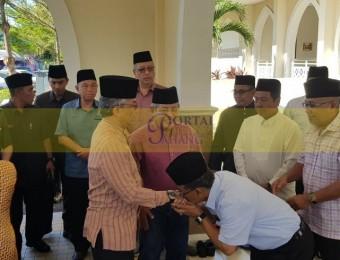 Ziarah Jenazah Ahli Parlimen Paya Besar (7)
