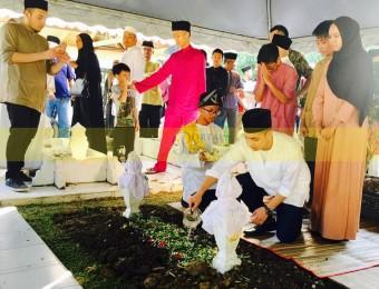 Pemangku Raja Pahang Ziarah Pengebumian Orang Besar Berlapan (21)