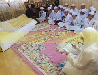 Pemangku Raja Pahang Ziarah Pengebumian Orang Besar Berlapan (5)