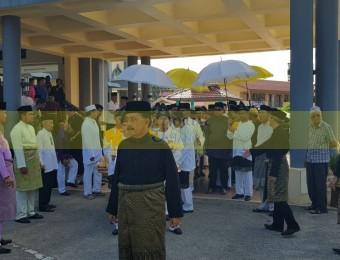 Pemangku Raja Pahang Ziarah Pengebumian Orang Besar Berlapan (8)
