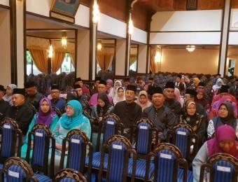 Berkhidmat Tanpa Kira Fahaman Politik (18)