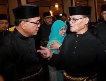 Berkhidmat Tanpa Kira Fahaman Politik (9)