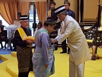 Kurniaan Darjah dan Pingat Kebesaran Pahang (11)