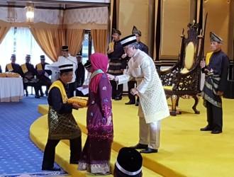 Kurniaan Darjah dan Pingat Kebesaran Pahang (14)