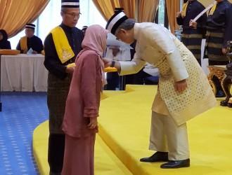 Kurniaan Darjah dan Pingat Kebesaran Pahang (18)