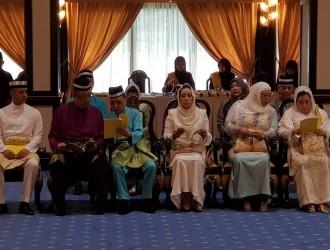 Kurniaan Darjah dan Pingat Kebesaran Pahang (3)