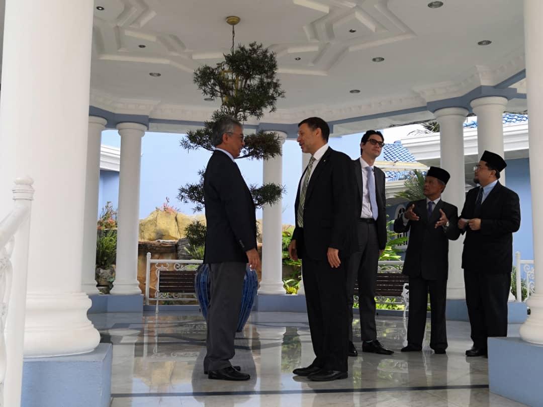Kunjungan Hormat TYT Pesuruhjaya Tinggi Australia Ke Malaysia (12)