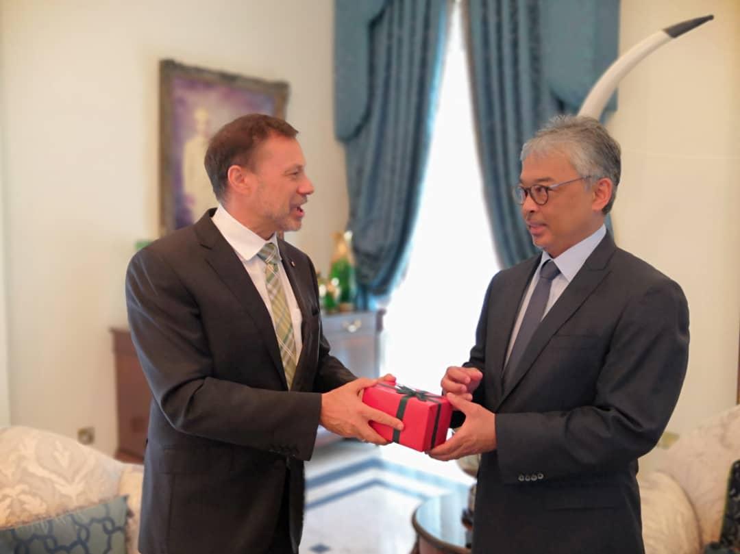 Kunjungan Hormat TYT Pesuruhjaya Tinggi Australia Ke Malaysia (7)