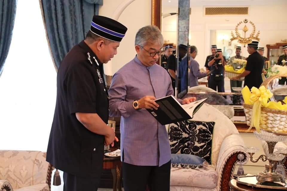 Ketua Polis Pahang Yang Baharu Menghadap Pemangku Raja (10)