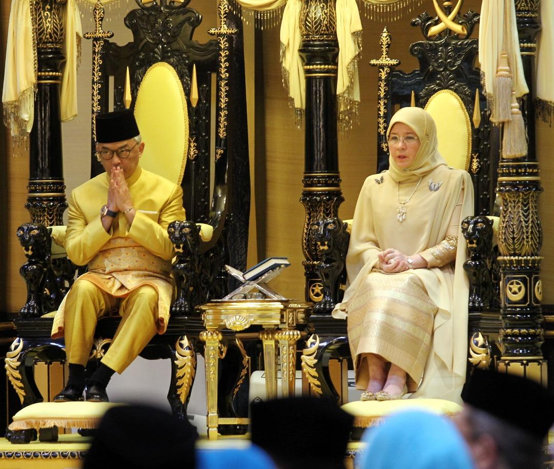 Sultan Pahang dilantik SPB Yang Dipertuan Agong (10)
