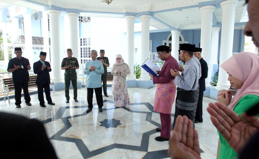Sultan Pahang dilantik SPB Yang Dipertuan Agong (6)
