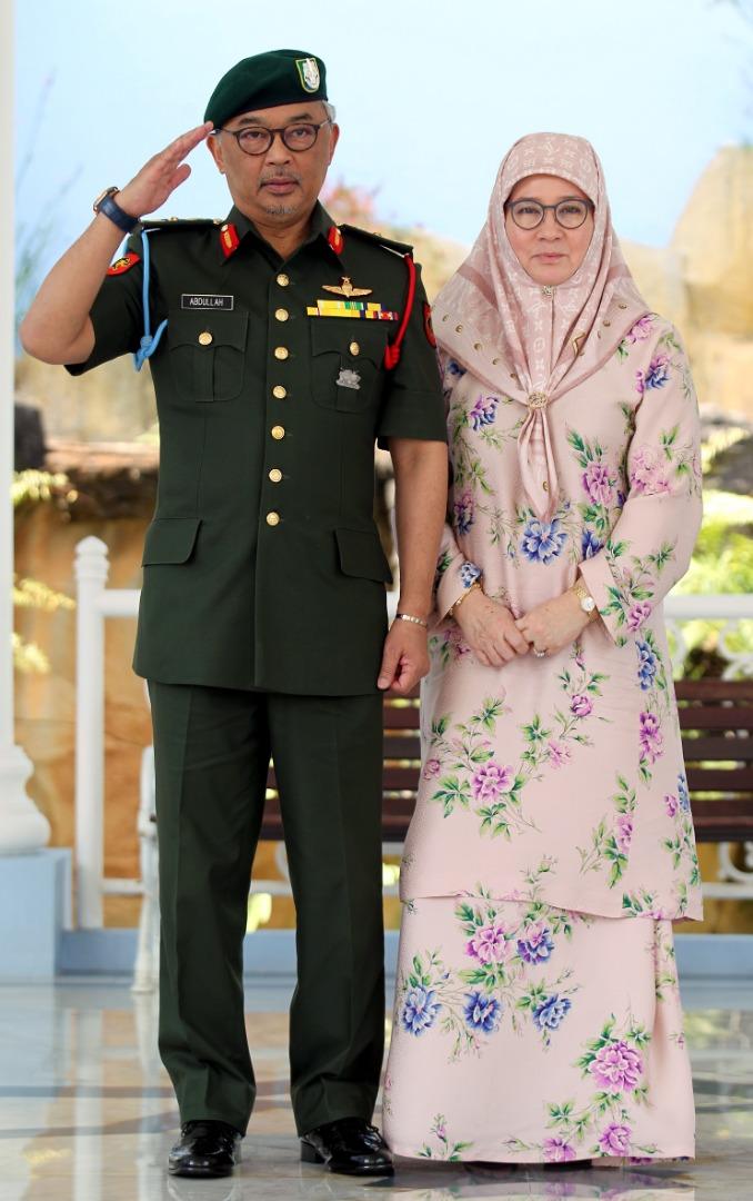 Sultan Pahang dilantik SPB Yang Dipertuan Agong (7)